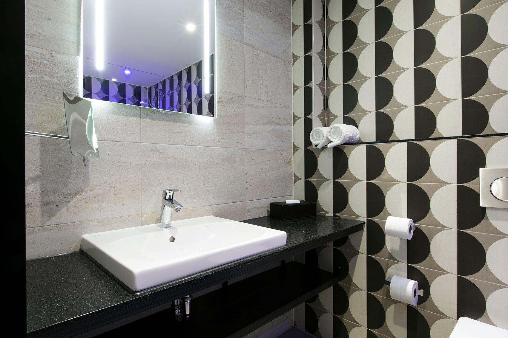Badkamer Story Hotel : Design hotel maastricht